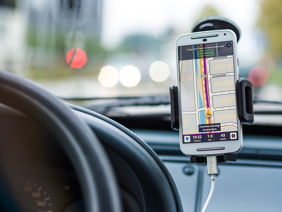 Professional couriers use apps for route optimization